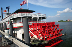 Mississippi River Boat - NEW ORLEANS - the steamer